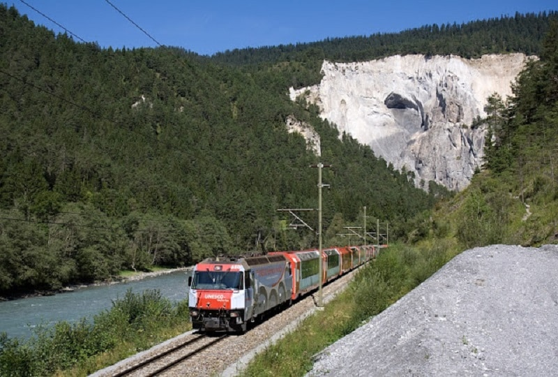 glacier-express-train-ride-2