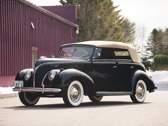 Ford V8 Deluxe Phaeton